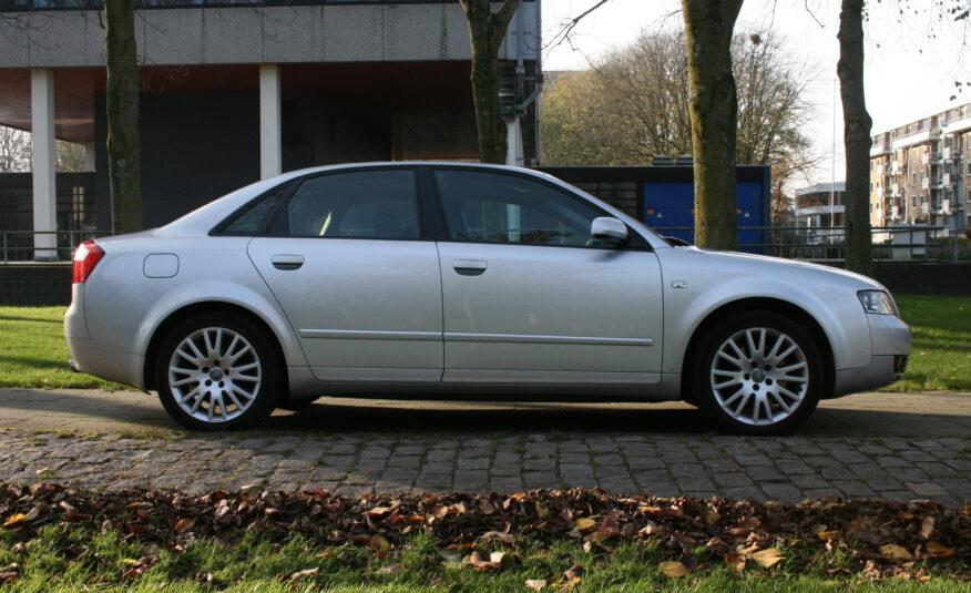 Audi A4 1.8 Turbo 163pk 5DR